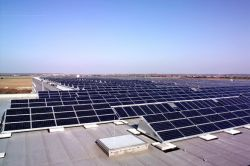 Калифорния превратит тысячи гигантских крыш в солнечные электростанции