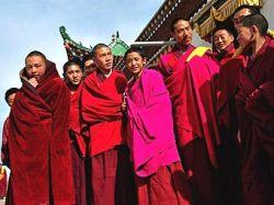 Полиция Сычуаня конфисковала оружие в буддийском монастыре