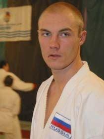 Чемпиона мира по карате Андрея Потапова обвиняют в насилии над милиционером
