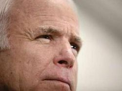 В опросах Обама обгоняет Клинтон на 10%, но оба проигрывают Маккейну