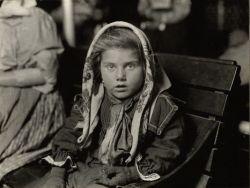 Лица первых жителей острова Эллис Айленд (Ellis Island) (фото)