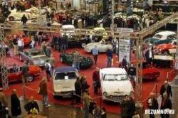 Выставка ретро-автомобилей в Германии (фото)