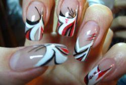 Наращивание ногтей и волос вредит здоровью