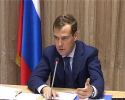 Дмитрий Медведев торопит подготовку закона об опеке