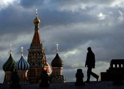 Юрий Лужков разгонит тучи над Москвой за 100 миллионов