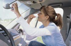 В проблемах женщин-водителей виновны мужчины
