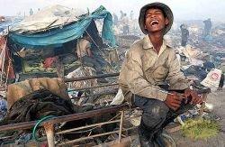 Местные жители камбоджийской свалки (фото)