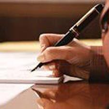Расценки нотариусов часто оказываются гораздо выше официальных. Как отстоять свои права?