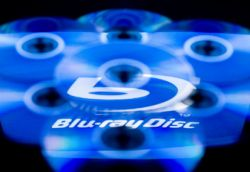 Microsoft снова отрицает разработку Blu-ray-привода для Xbox 360