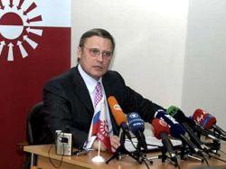 Касьянов предлагает России задуматься о членстве в НАТО