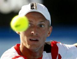 Николай Давыденко вышел в полуфинал на теннисном турнире в Майами