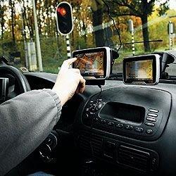 Водители наконец оценили преимущества портативных автомобильных навигаторов