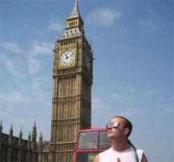 Российские туристы не могут вылететь в Британию из-за проблем с визами