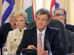 Виктор Ющенко уволил послов Украины в России и Германии
