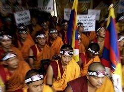 Китайские интернет-пользователи уличили Далай-ламу во лжи