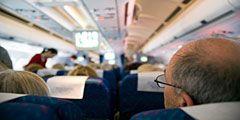 Британская авиакомпания наняла актеров на роли пассажиров