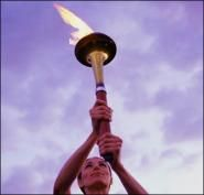 Олимпийский огонь пытались потушить в Лондоне