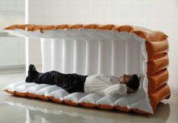Nappak – надувная кровать для офисных ночевок