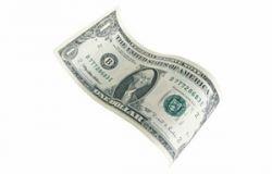 Россияне не верят в доллар и предпочитают хранить сбережения в рублях