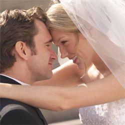 Доказано: чем женщина образованней, тем проще ей выйти замуж
