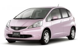 Какие автомобили японцы покупают весной?