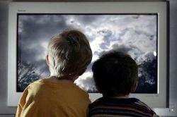Телевизор в спальне ребенка вреден для здоровья