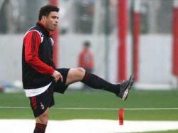Роналдо решил возобновить карьеру в Бразилии