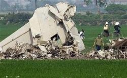 Во Вьетнаме разбился военный самолет. Есть жертвы
