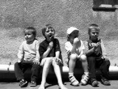 Депутаты хотят принять закон, разрушающий 3607 патронатных семей, в которых воспитываются 5124 сирот