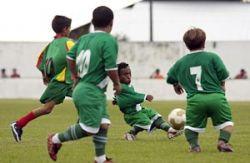 В Бразилии собрали футбольную команду из карликов