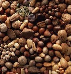Потребление орехов растет, а ореховые брэнды вытесняются продуктом под собственными марками торговых сетей