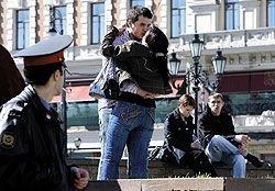 В России коммерческие детективные агентства все чаще берут на себя работу оперативников и следователей