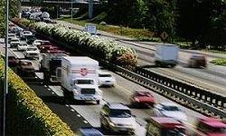 Автомобили обяжут издавать шум особым законом