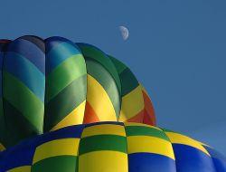 В Египте упал воздушный шар с туристами