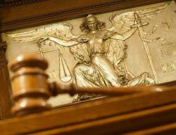 Председатель Верховного Суда Вячеслав Лебедев предложил принять закон о компенсациях за длительные судебные процессы