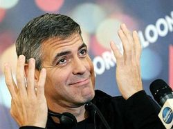 В Милане конфисковали фальшивую коллекцию одежды от Джорджа Клуни