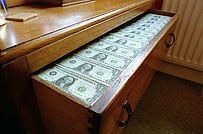 Финансистам и прокурорам не удалось остановить разбазаривание средств, отпущенных на закупку вооружений