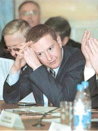 Находящийся в розыске банкир продал свою недвижимость в России