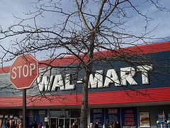 Wal-Mart оказалась на пороге публичного скандала