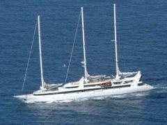 Освобожден экипаж французской яхты, захваченной пиратами Сомали