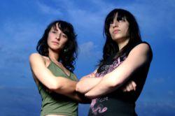 Раскрыт секрет женской дружбы