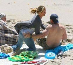 Камерон Диас предалась любовным играм прямо на пляже (фото)