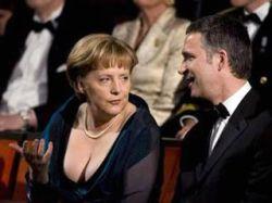 Декольте Ангелы Меркель произвело фурор на церемонии открытия театра в Осло