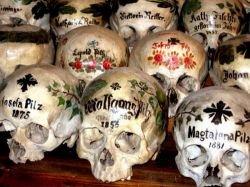 Жуткая пасхальная традиция австрийского города Гальштат (фото)