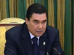 Президент Туркмении решил открыть доступ к интернету в каждом детском саду