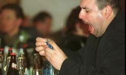 Латвия выслала российского дипломата за пьянство