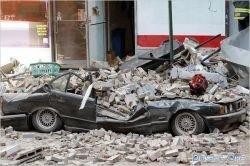 Последствия обрушения строительного крана в Нью Йорке (фото)
