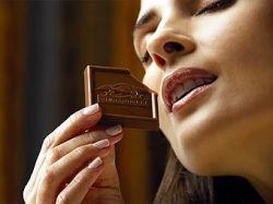 Почти половина женщин отдаст пароль за шоколадку