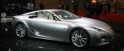 Lexus LF-A может обогнать гоночные Nissan GT-R, Pagani Zonda и Porsche 911