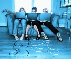 Группы в социальных сетях - психическое заболевание или потребность в общении?